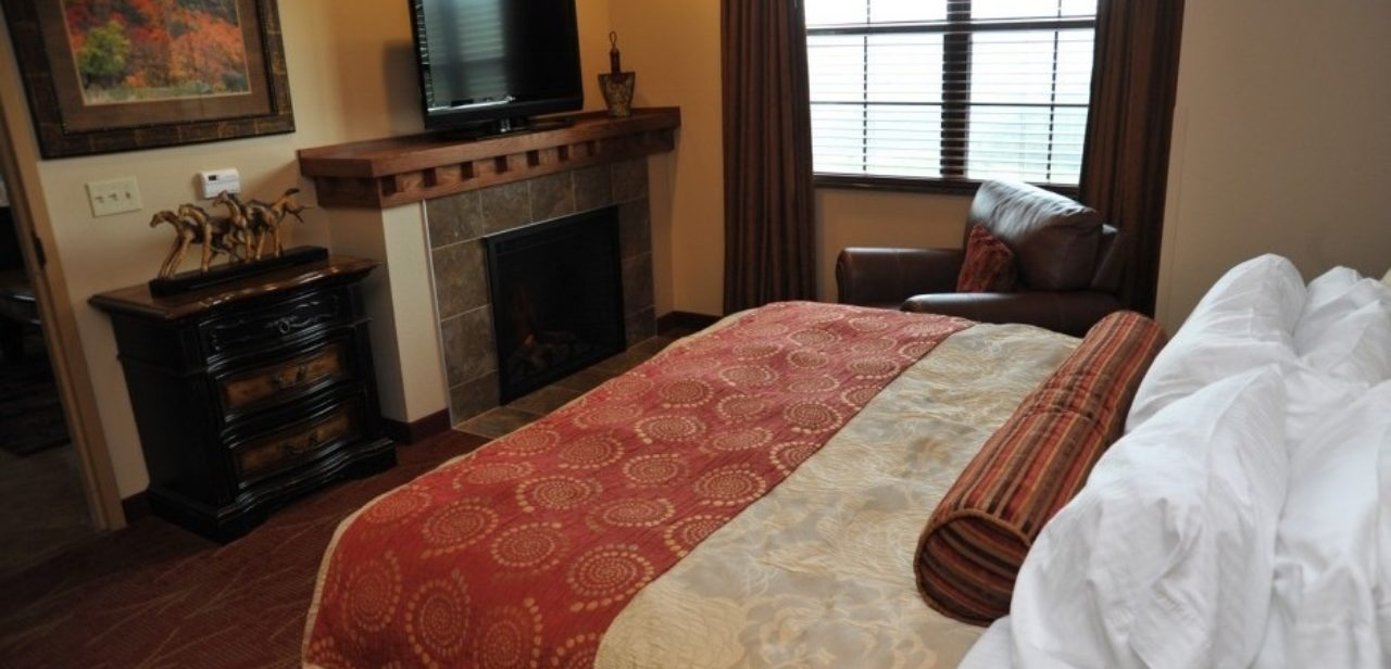 King bed with fireplace